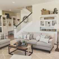 70 Rustic Farmhouse Living Room Decor Ideas (36)