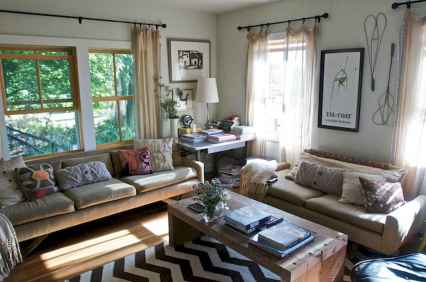 70 Rustic Farmhouse Living Room Decor Ideas (59)