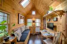 71 Best Small And Unique Tiny House Living Design Ideas (36)