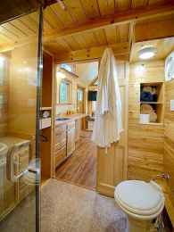 40 Stunning Tiny House Bathroom Shower Design Ideas And Remodel (31)
