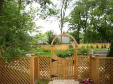 50 Stunning Backyard Privacy Fence Ideas Decorations And Remodel (27)