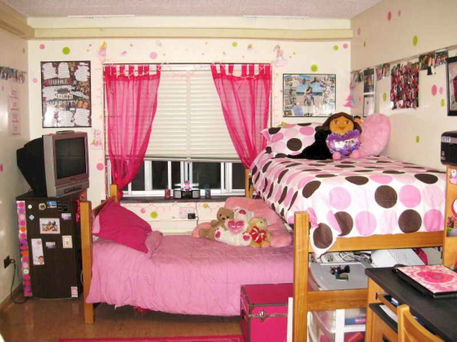60 Gorgeous College Dorm Room Decorating Ideas And Makeover (44)