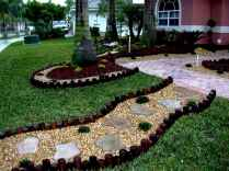 60 Stunning Low Maintenance Front Yard Landscaping Design Ideas And Remodel (49)
