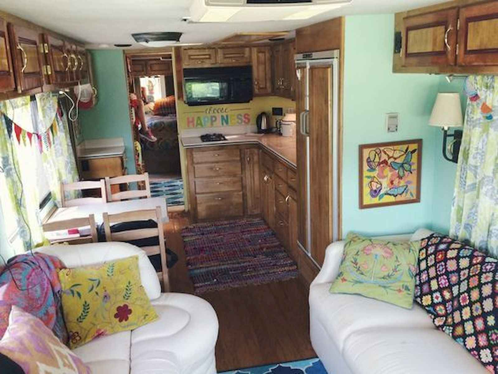 70 Stunning RV Living Camper Room Ideas Decorations Make Your Summer Awesome (37)