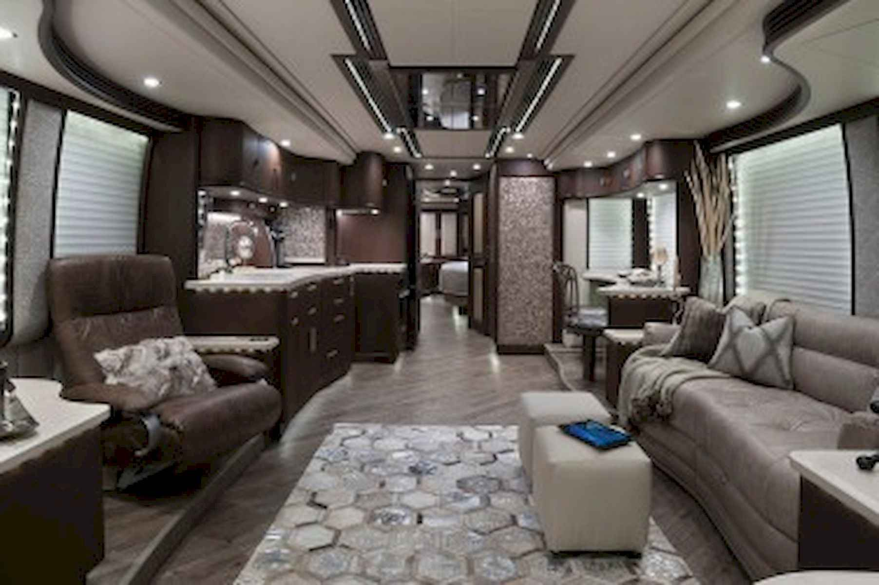 70 Stunning RV Living Camper Room Ideas Decorations Make Your Summer Awesome (49)