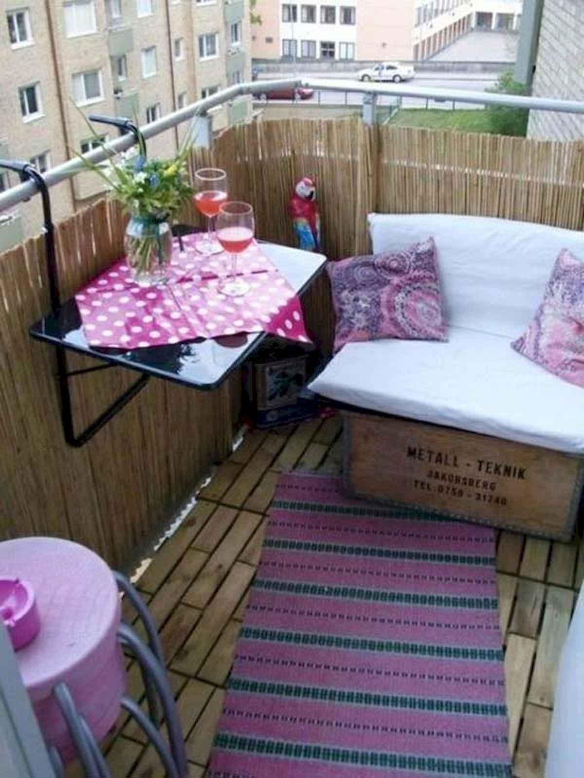 80 Small Apartment Balcony Decor Ideas And Makeover (73)