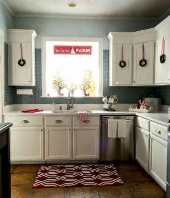 20 Creative Christmas Kitchen Decor Ideas And Makeover (6)