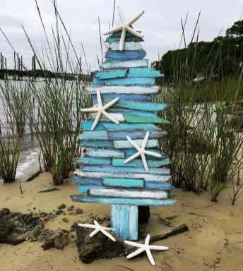 40 Creative Coastal Christmas Decor Ideas And Makeover (16)