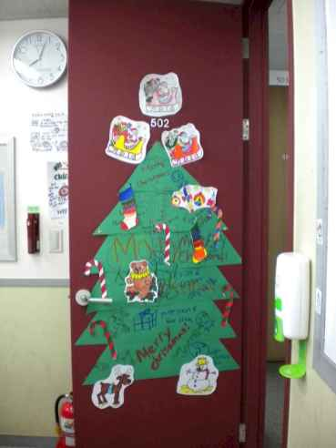 40 Creative DIY Christmas Door Decorations For Home And School (13)