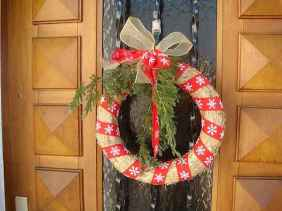 40 Creative and Easy Christmas Decorations for Your Apartment Ideas (18)
