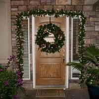 50 Creative Christmas Front Porch Decor Ideas And Design (26)