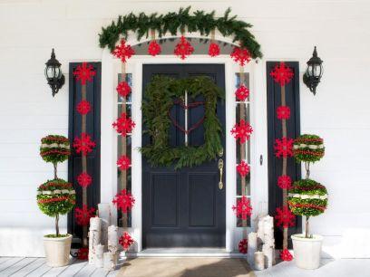 50 Creative Christmas Front Porch Decor Ideas And Makeover (2)