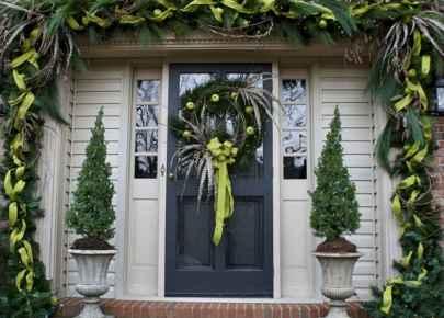 50 Creative Outdoor Christmas Decor Ideas And Makeover (23)