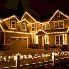 50 Creative Outdoor Christmas Decor Ideas And Makeover (38)