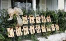 50 Creative Outdoor Christmas Decor Ideas And Makeover (47)