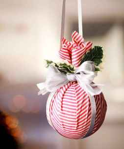 50 Creative and Easy DIY Christmas Decor Ideas And Design (31)