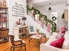 60 Creative Farmhouse Christmas Decorating Ideas And Makeover (4)