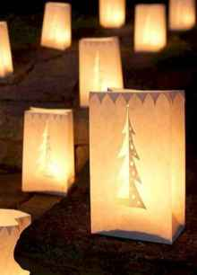 70 Creative Christmas Lights Apartment Decorating Ideas And Makeover (22)