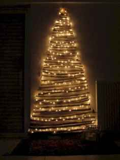 70 Creative Christmas Lights Apartment Decorating Ideas And Makeover (37)