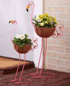 100 Beautiful DIY Pots And Container Gardening Ideas (37)