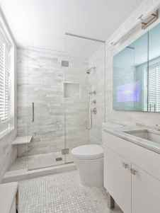 60 Elegant Small Master Bathroom Remodel Ideas (18)