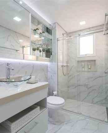 60 Elegant Small Master Bathroom Remodel Ideas (51)