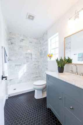60 Elegant Small Master Bathroom Remodel Ideas (52)