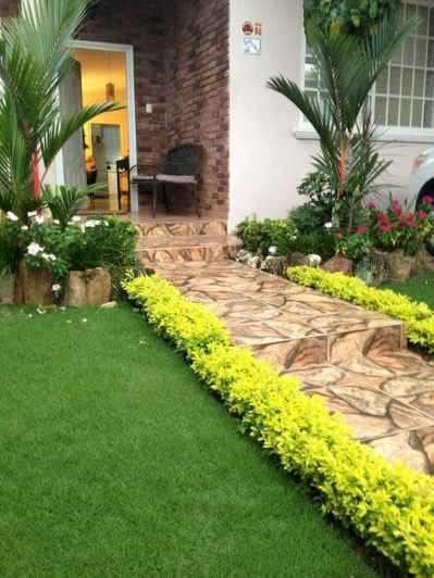 90 Simple and Beautiful Front Yard Landscaping Ideas on A Budget (81)