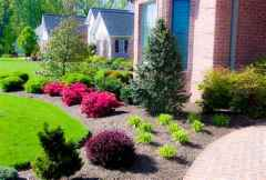 90 Simple and Beautiful Front Yard Landscaping Ideas on A Budget (86)