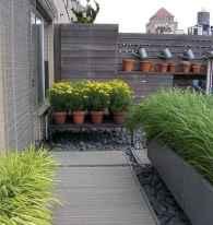 35 Inspiring Small Garden Design Ideas On A Budget (25)