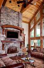 60 Awesome Log Cabin Homes Fireplace Design Ideas (17)