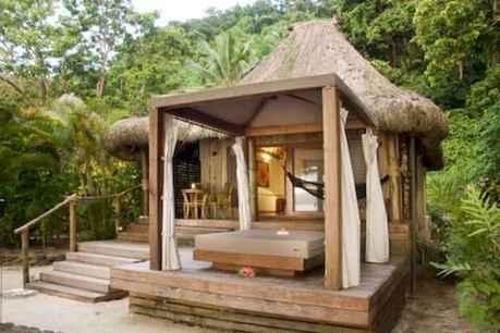 70 Suprising Small Log Cabin Homes Design Ideas (13)