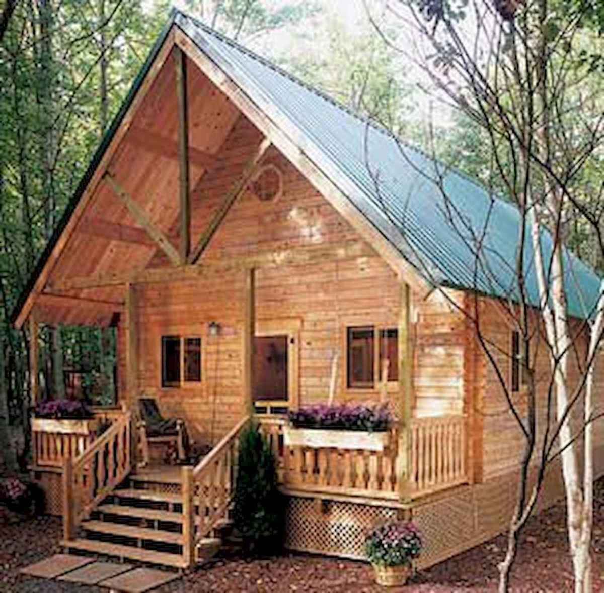 70 Suprising Small Log Cabin Homes Design Ideas (18)