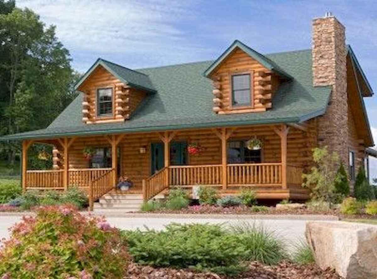 70 Suprising Small Log Cabin Homes Design Ideas (31)