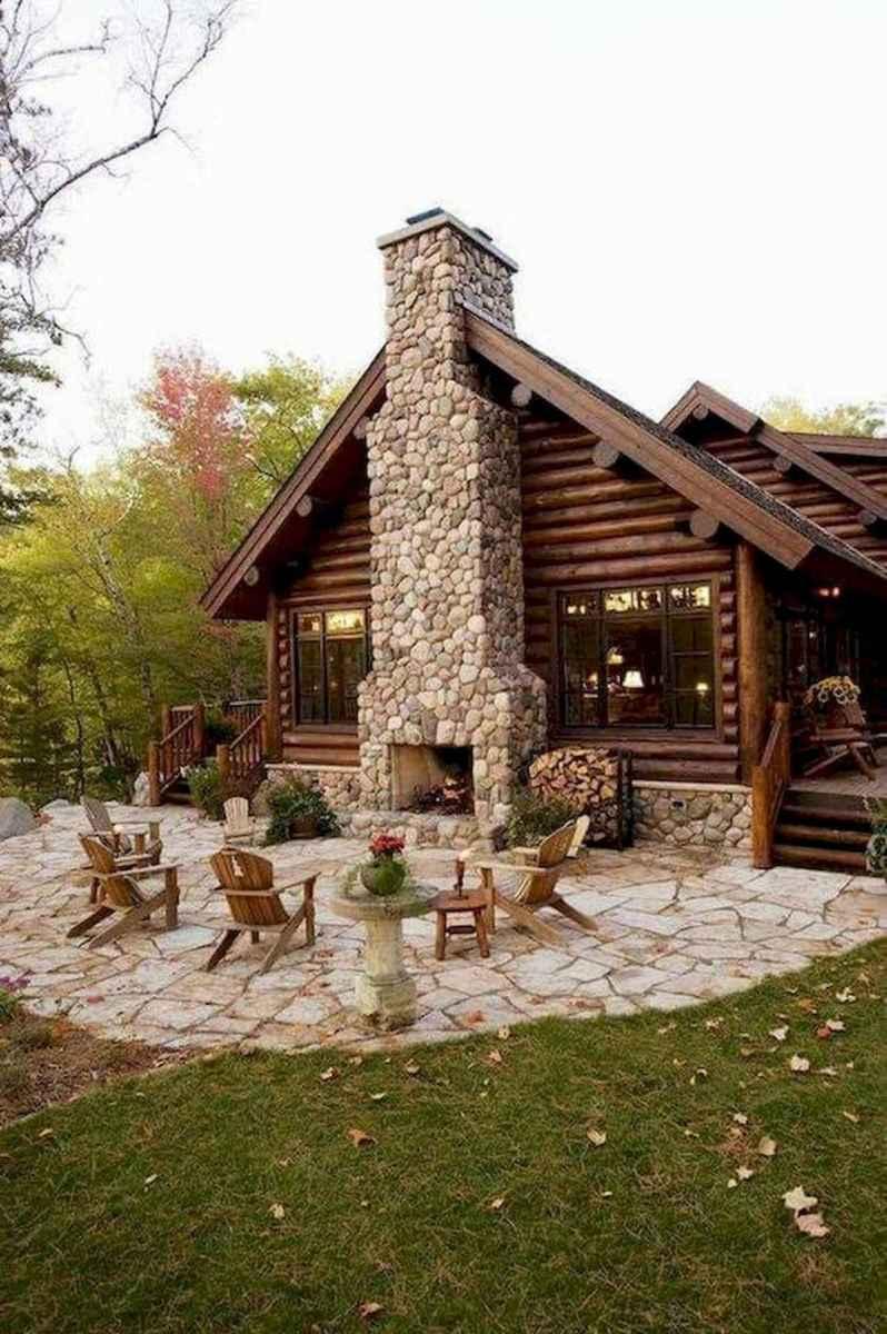 70 Suprising Small Log Cabin Homes Design Ideas (58)