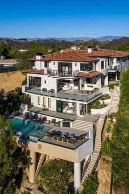 40 Stunning Mansions Luxury Exterior Design Ideas (9)