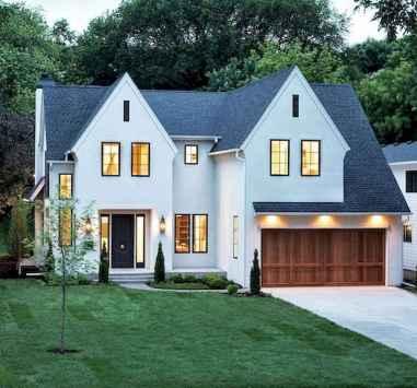 40 Stunning White Farmhouse Exterior Design Ideas (36)
