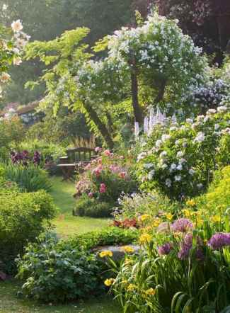 40 Awesome Secret Garden Design Ideas For Summer (12)