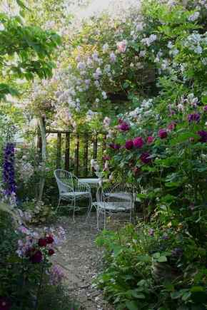 40 Awesome Secret Garden Design Ideas For Summer (41)