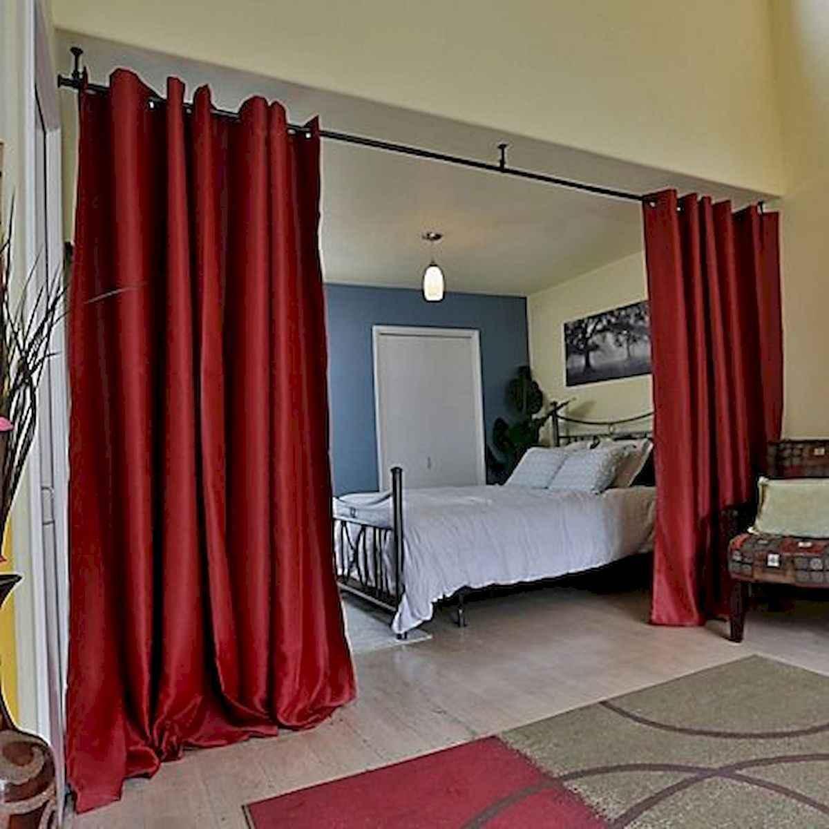 40 Favorite Studio Apartment Room Dividers Curtains Design Ideas and Decor (14)