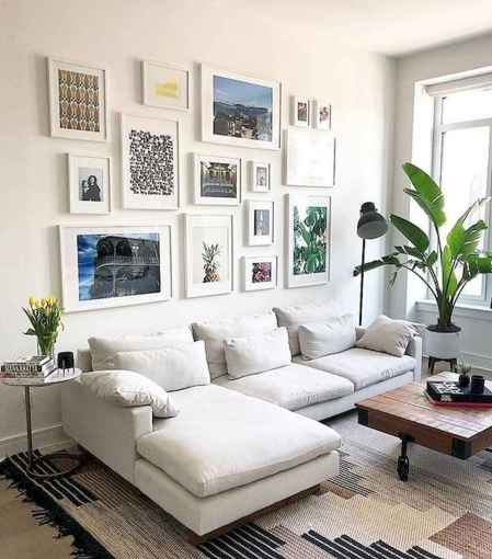 50+ Beautiful Small Living Room Decor Ideas And Remodel for Your First Apartment (15)