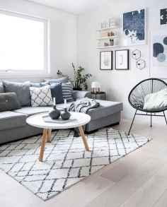 50+ Beautiful Small Living Room Decor Ideas And Remodel for Your First Apartment (51)
