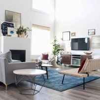 50+ Beautiful Small Living Room Decor Ideas And Remodel for Your First Apartment (53)