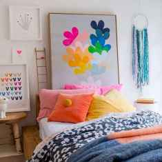 70+ Awesome Colorful Bedroom Decor Ideas And Remodel for Summer Project (58)