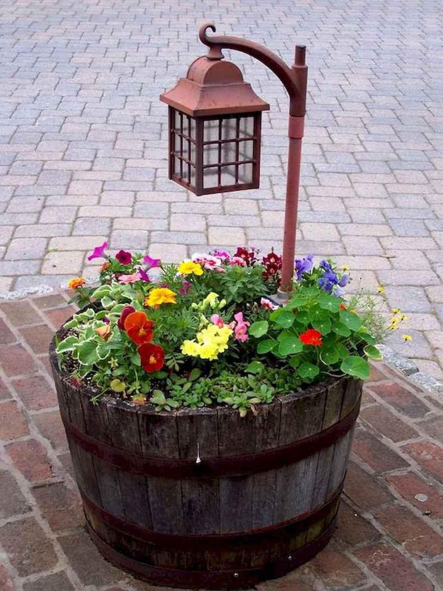 70 Creative and Inspiring Garden Art From Junk Design Ideas For Summer (37)