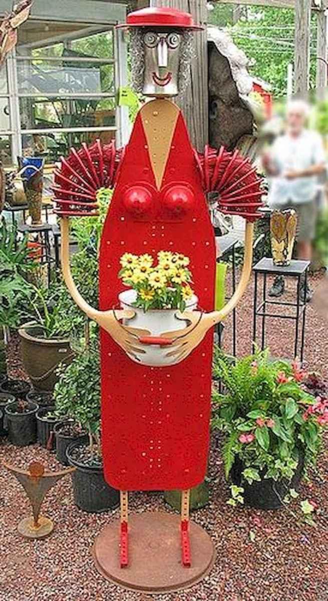 70 Creative and Inspiring Garden Art From Junk Design Ideas For Summer (9)