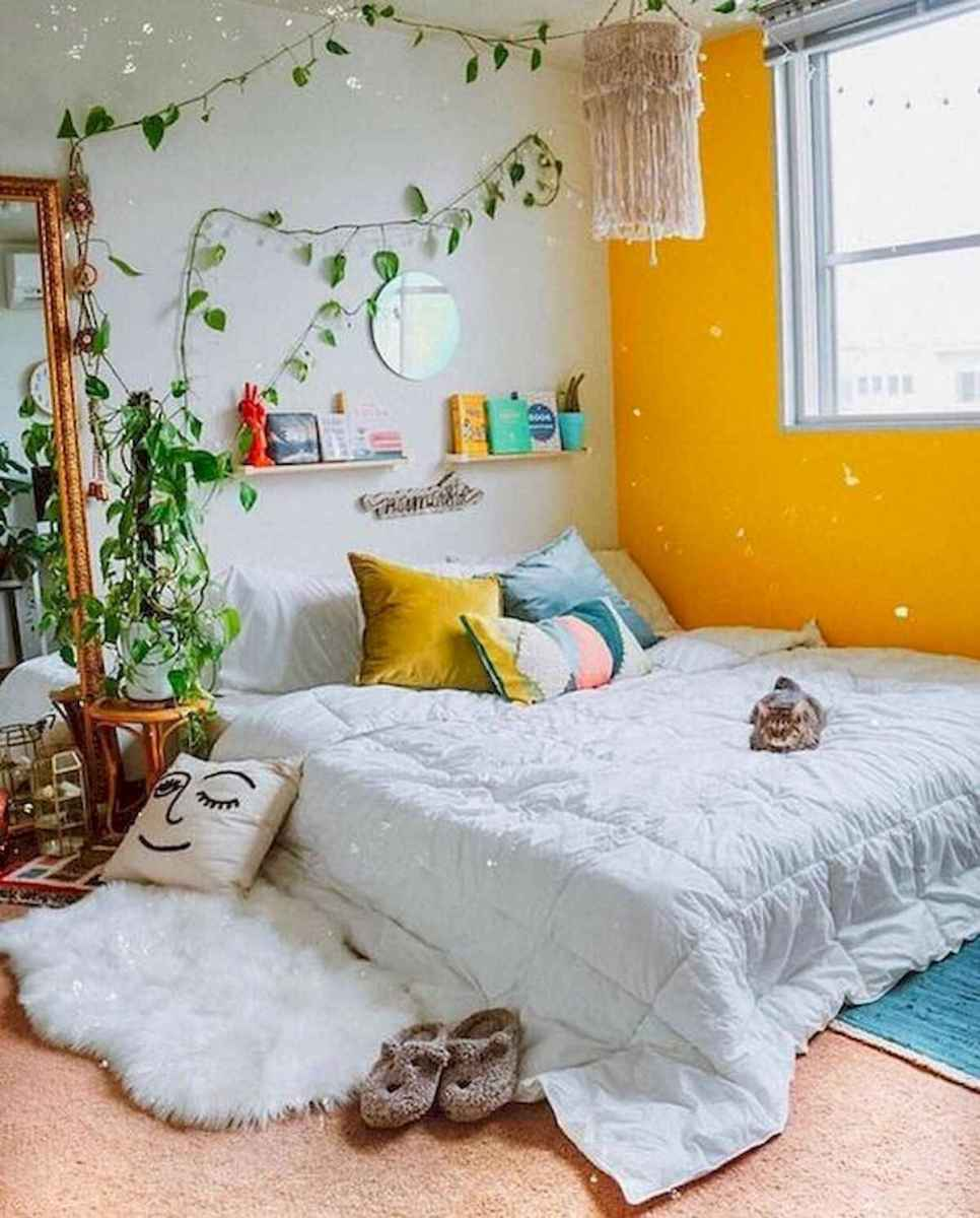 90+ Fantastic Colorful Apartment Decor Ideas And Remodel for Summer Project (11)