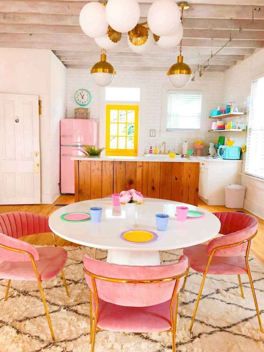 90+ Fantastic Colorful Apartment Decor Ideas And Remodel for Summer Project (35)