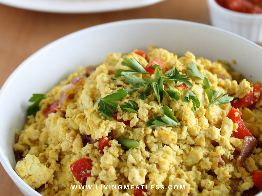 Meatless Monday Mediterranean Tofu Scramble