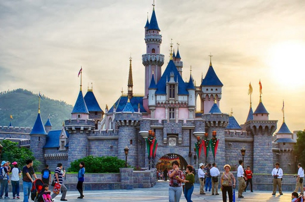 Discover Hong Kong Disneyland One Of The Best